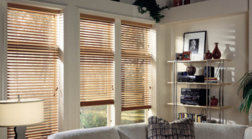 Venecian blinds